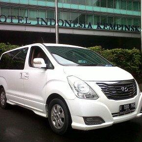 Rent Hyundai H1 Starex in South Jakarta +62 2191927521, +62 812-4925-4676, +62 813-1559-4346