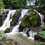 Menikmati Sejuknya Air Terjun Maribaya